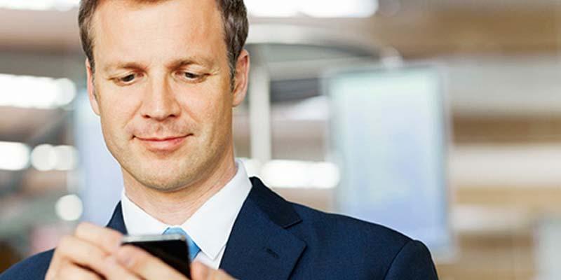 При получении оплаты с мобильных счетов абонентов сотовой связи, компания обязана применять ККТ