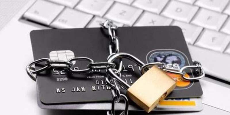 С 26.09.2018 банки начнут блокировать счета клиентов